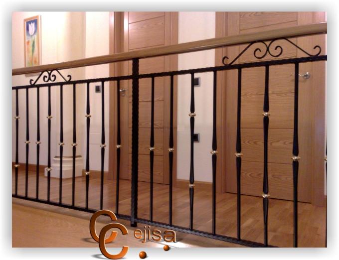 Barandilla en modelo forja y lat n para interior - Barandillas de forja y madera ...