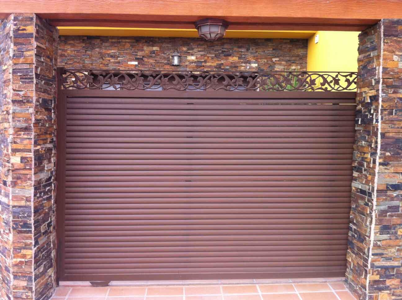 Puertas de lamas puerta corredera de lama eliptica - Puerta de lamas ...