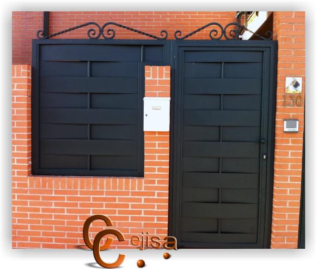Puertas y vallas en modelo chapa entrelazada for Puertas de chapa para exterior
