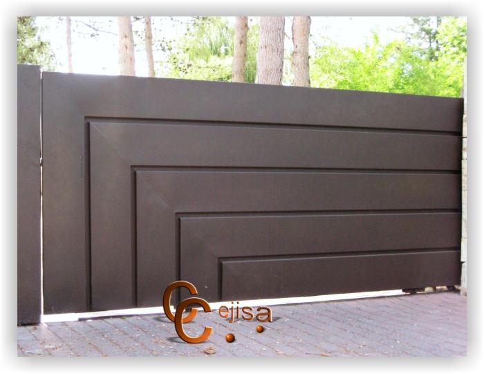 Puerta corredera de chapa estilo moderno p45g for Puertas estilo moderno