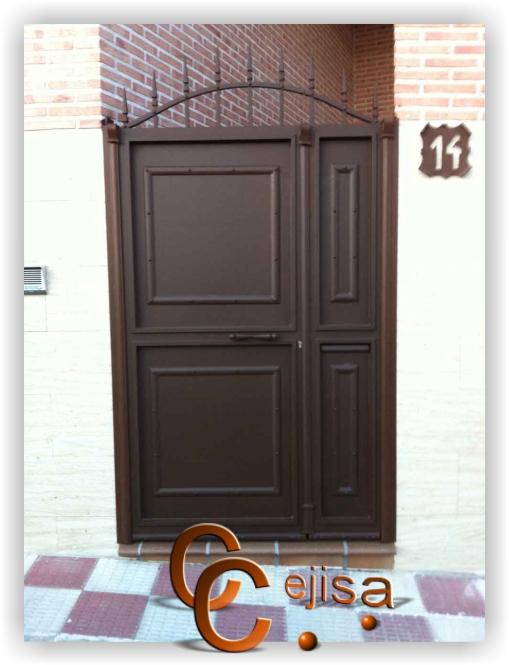 Puertas de hierro modelo rustico puerta peatonal rustica con remaches - Modelos de puertas de hierro ...