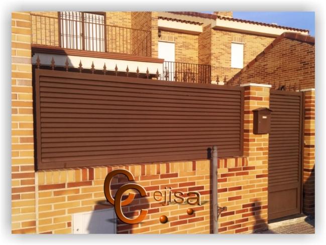 Valla y puerta peatonal en modelo lama el ptica - Puertas de valla ...