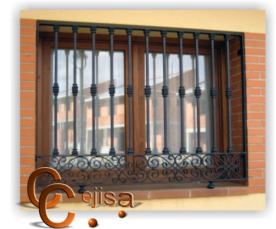 Rejas en modelo moderno verticales en cuadrado macizo con for Rejas para puertas exteriores modernas